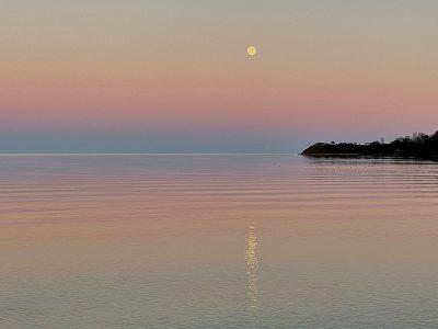Mond über Habernisser Bucht